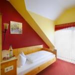 Komfortables Einzelzimmer im Hotel in der Nähe von St. Franziska-Stift Bad Kreuznach, Rehaklinik Nahetal, Krankenhaus Sankt Marienwörth