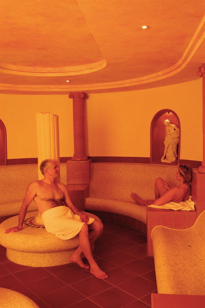 entspannen im b derhaus bad kreuznach landhotel und waldgasthof lembergblick. Black Bedroom Furniture Sets. Home Design Ideas